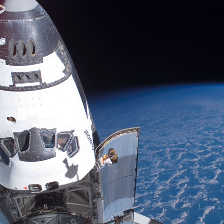 Space Shuttle, picture courtesy ofNASA.